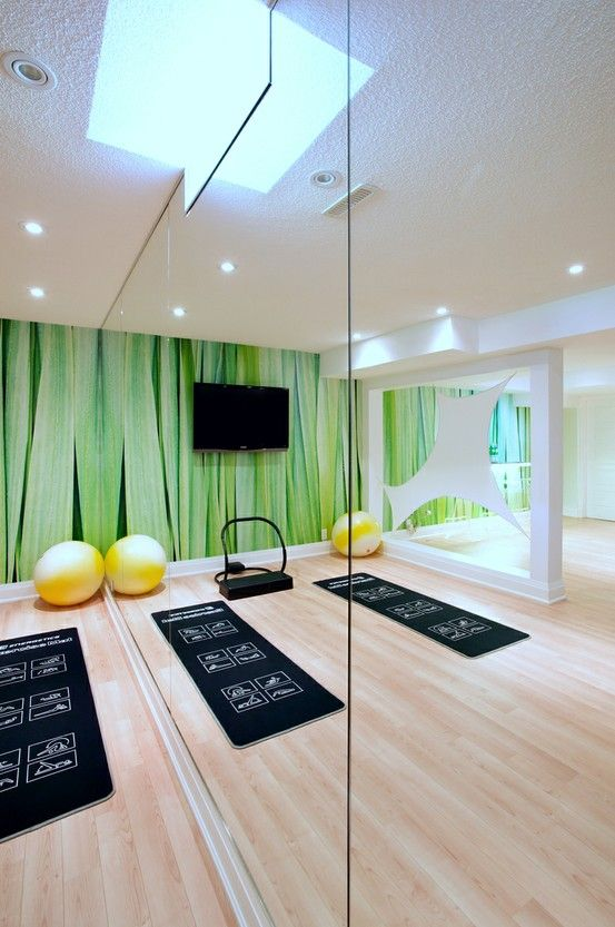 Great Use Of Mirrors Fitness Room Green Workout