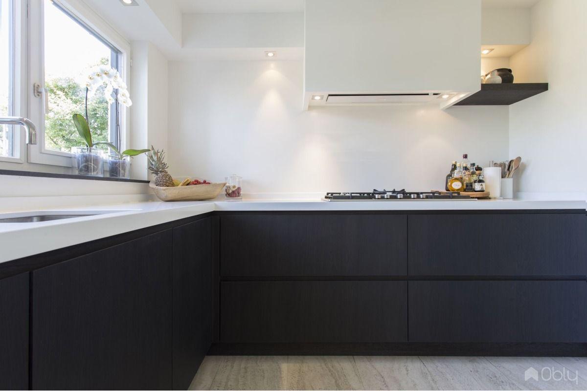 Keuken Eiken Zwart : Keuken in eiken mat zwart gespoten in kitchen idea