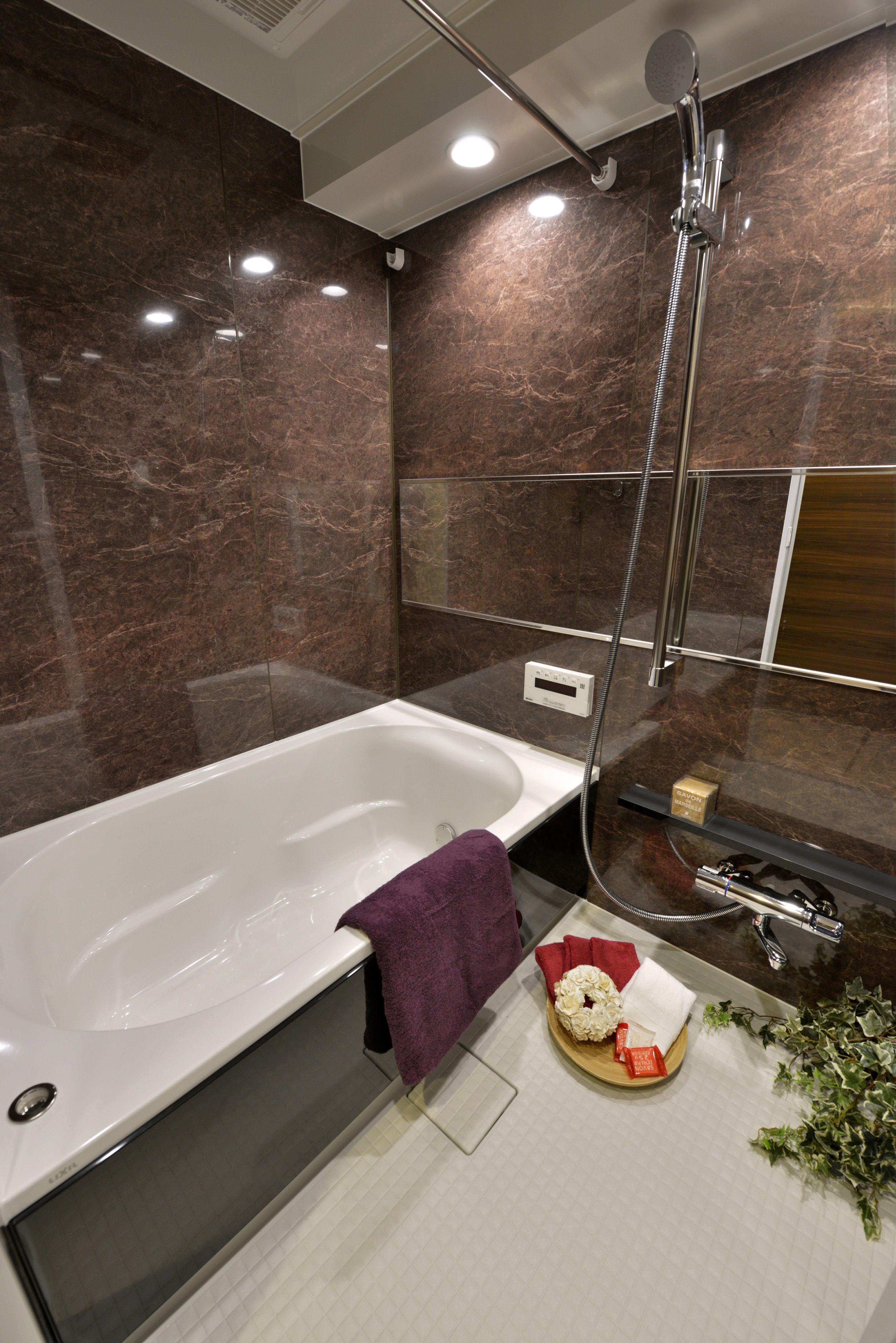003 都心で贅沢にゆったり暮らす 高級感漂うariseグレイスモダン 浴室 モダン ユニットバス 浴室 デザイン