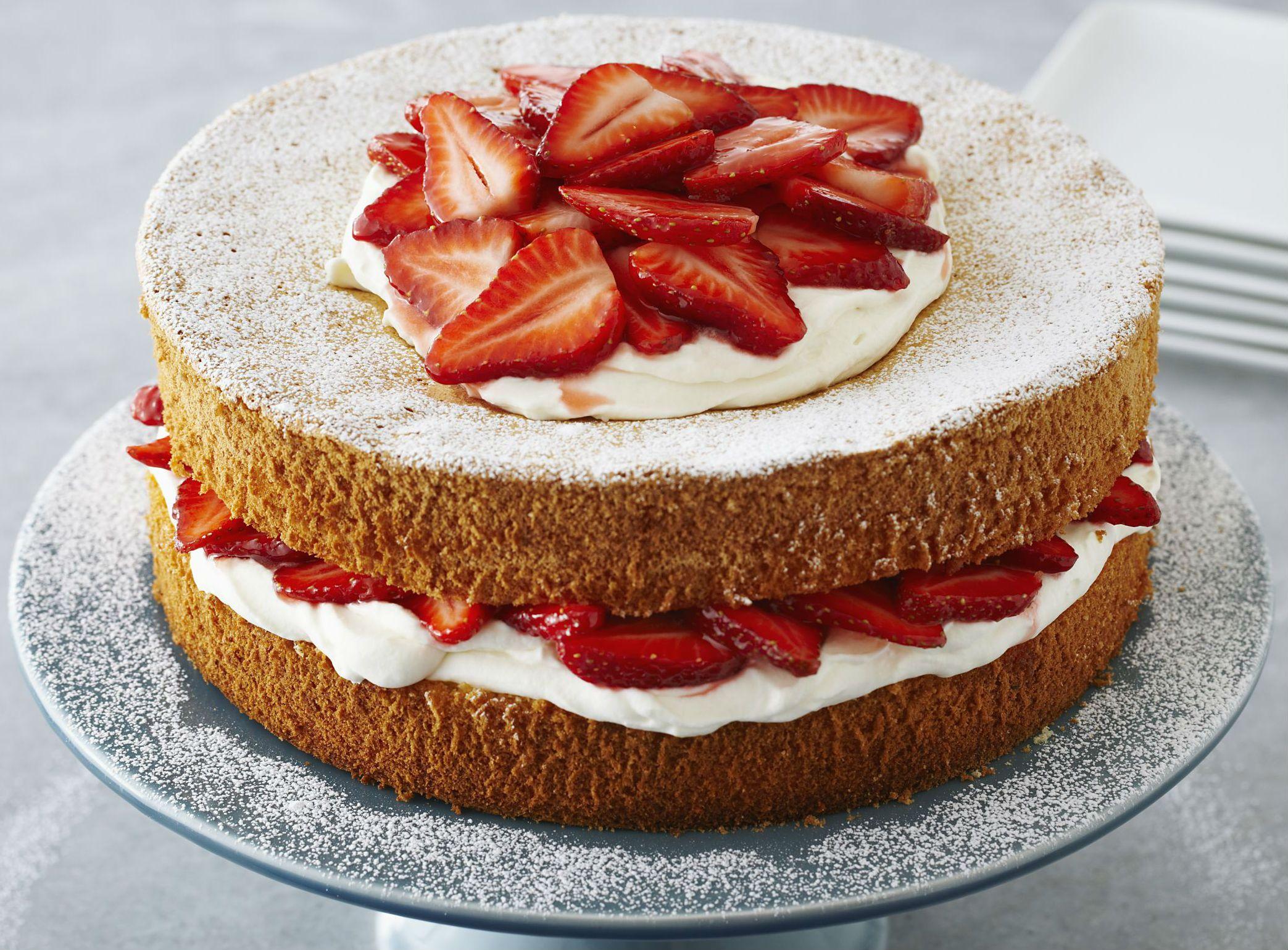 El bizcocho esponjoso es un clásico Lo utilizamos como torta de cumpleaños, postre o para la