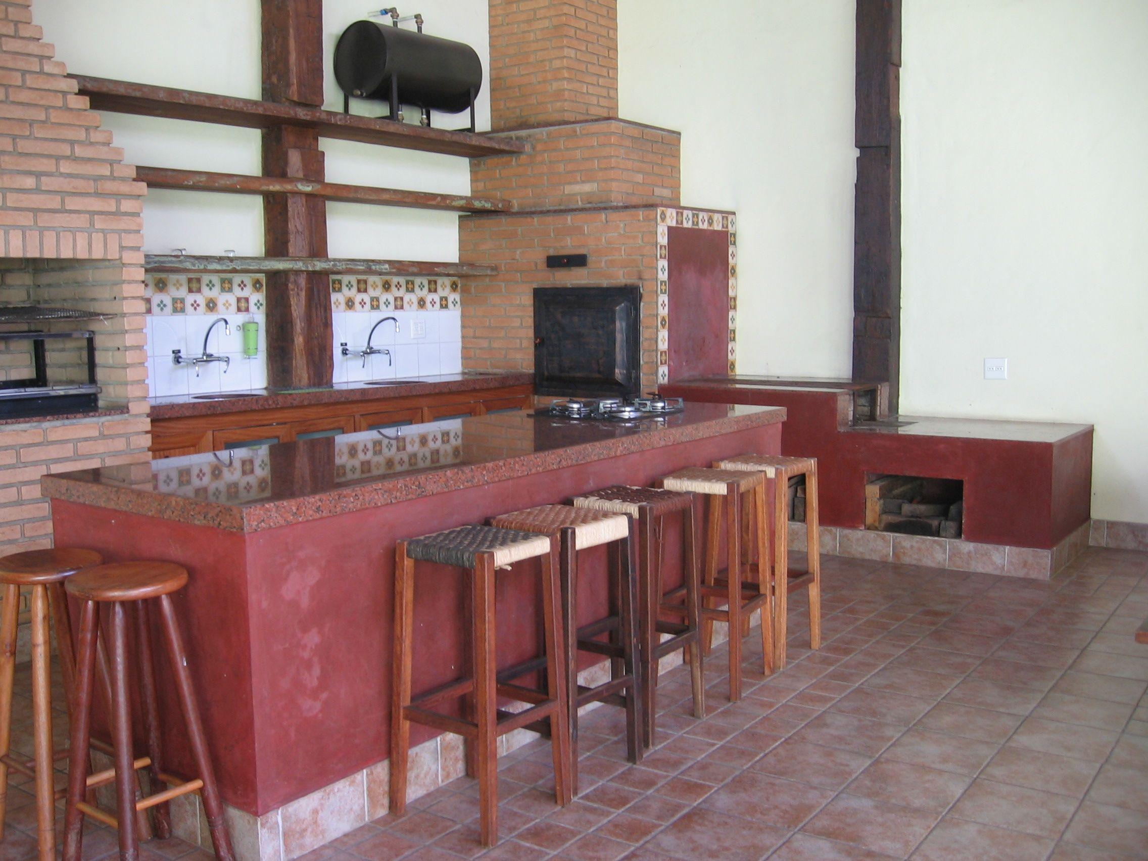 Cozinha Com Azulejos Hidraulicos Pesquisa Google Churrasqueira