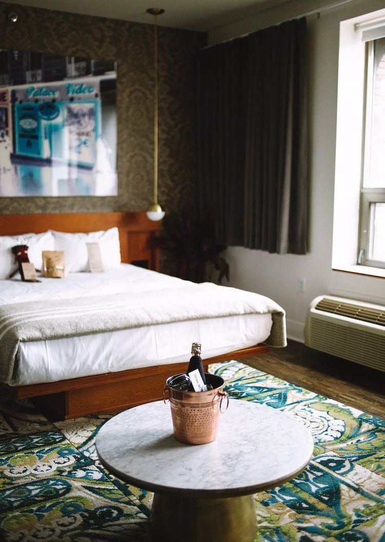Sustainable City Guide 10 Places To Stay Eat And Shop In Toronto Canada Sustainable City Drake Hotel Toronto Drake Hotel