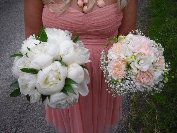 aa14535ccf2b BILD och PRIS på er brudbukett! | Bouquets in 2019 | Bröllop, Blommor