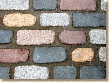 tumbled granite setts