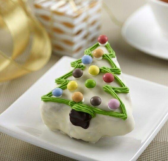 Christmas Tree Old England Fruit Cake Www Wugufeng Com Sg Christmas Gift Ideas Door Gifts Gourmet Singapore B Fruit Cake Christmas Halal Recipes Tart Recipes