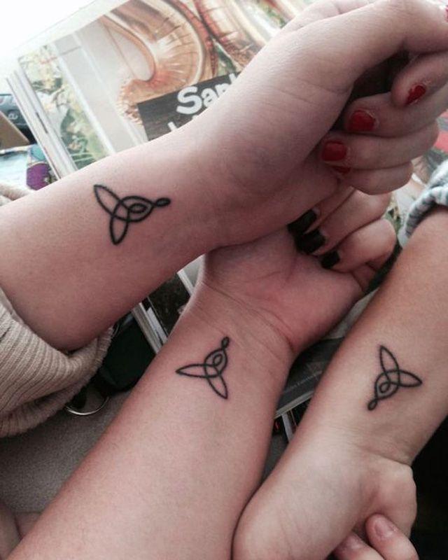 30 Tatouages à Faire Entre Sœurs Tattoos Ideias De