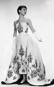 Hubert De Givenchy Couturier Confidant Iconic Dresses Givenchy Dress Sabrina Dress
