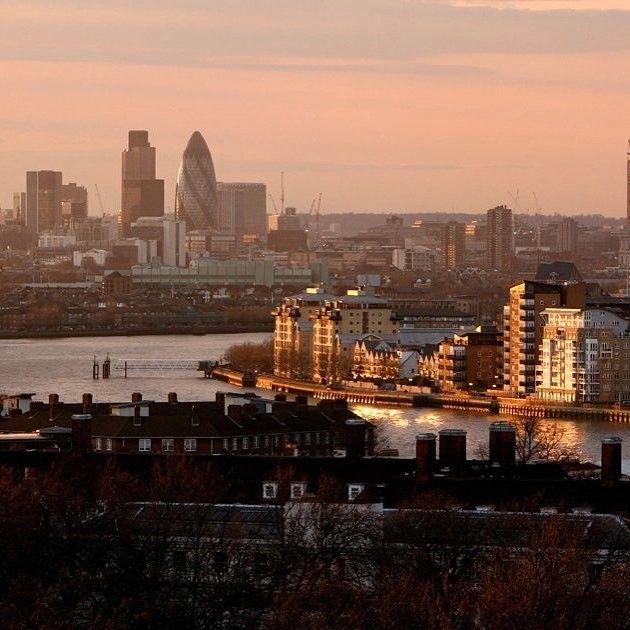 صباح الخير من بي بي سي هنا لندن صباح الخير لندن بي بي سي London Goodmorning Photo Getty Images Instagram New York Skyline Skyline