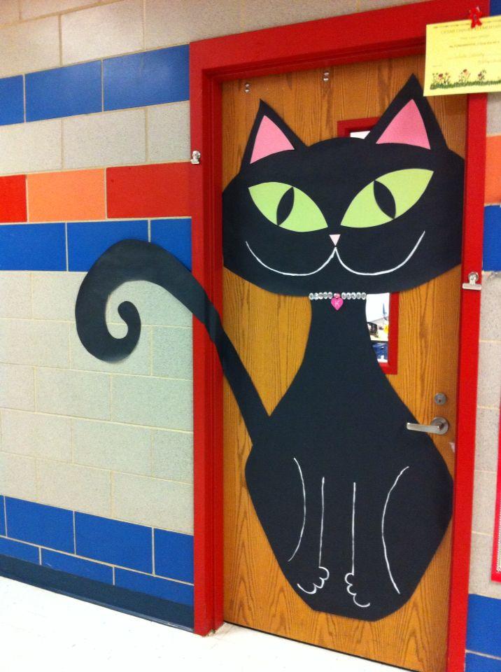 Kitty kat october door decoration puertas decoradas for Puertas decoradas halloween calabaza