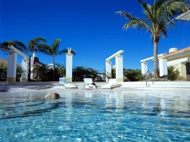 Hol Accom Surfers Paradise Holiday Rental Gold Coast