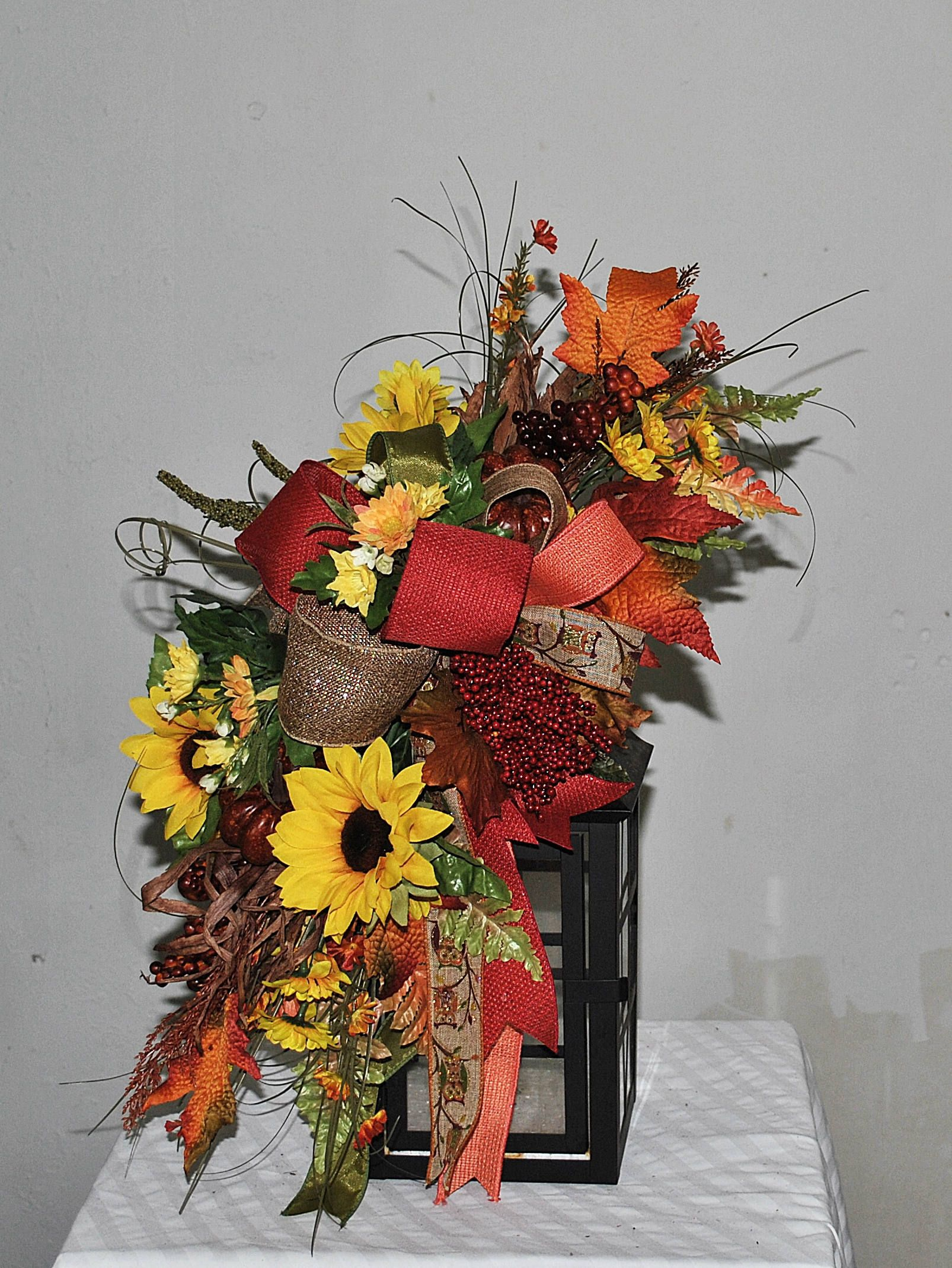 Fall Lantern Swag, Fall Swag, Autumn Lantern Swag, Pumpkins Sunflowers