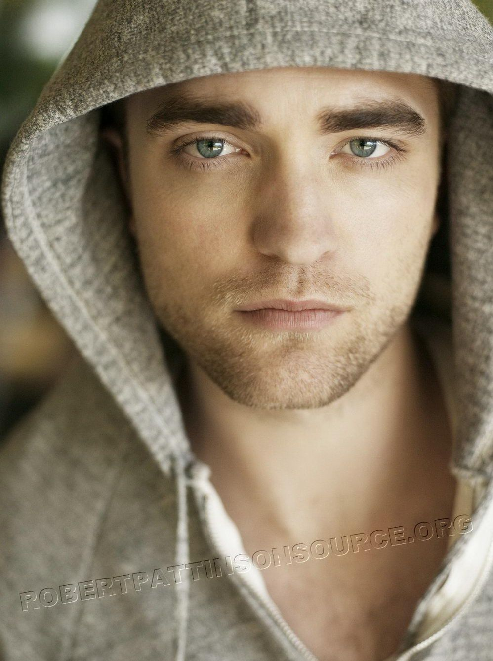Handsome British actor Robert Pattinson | ⚔♛British! ツ ...
