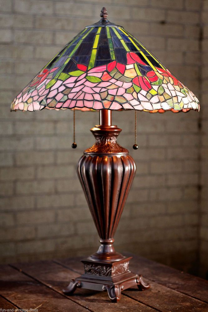 Lovely STAINED GLASS Tiffany Table LAMP Floral Tulip Flowers Light  #tiffanylamps #StainedGlass