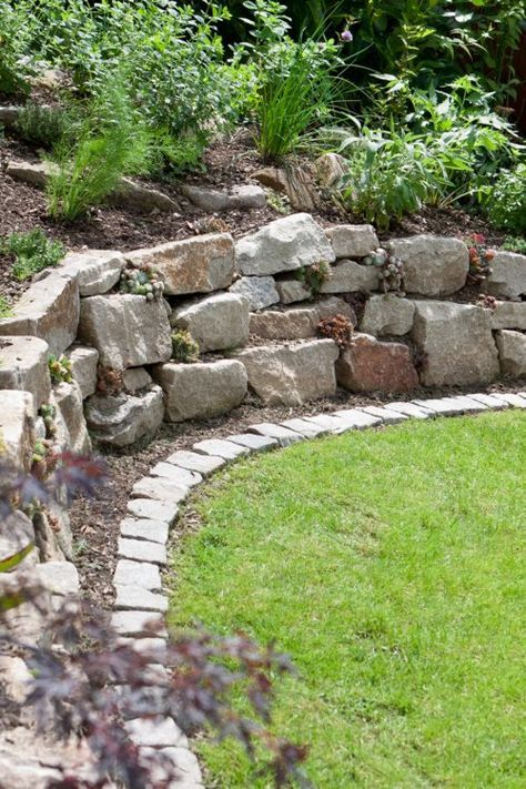 Photo of A dry wall is more than just a garden wall. It is also versatile …