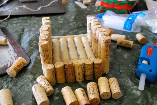 recycle wine corks to make a birdhouse