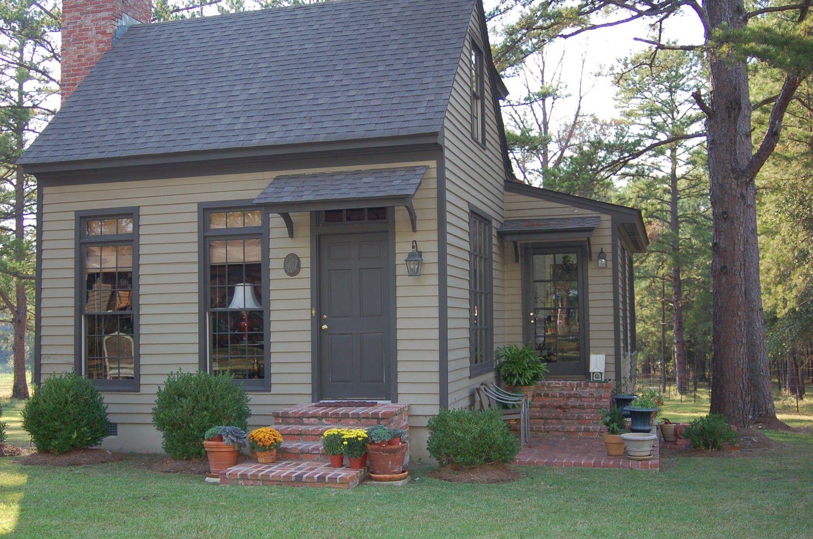 small backyard guest house plans photo gallery backyard rh pinterest com Back Yard Guest Cabins Back Yard Cottage Floor Plans