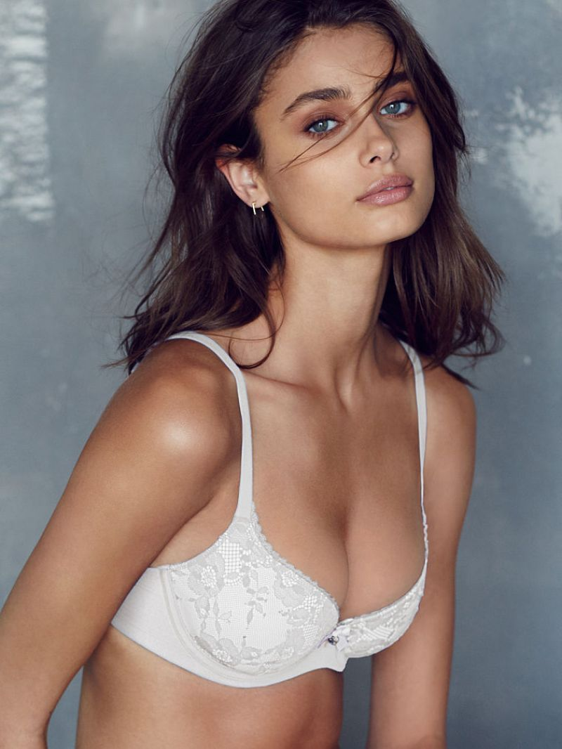 taylor marie hill gif
