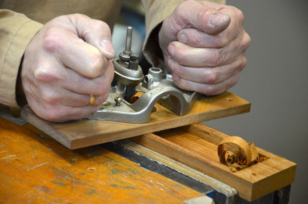 Paul Sellers Using A Router Plane With A Board Attach To Extend The
