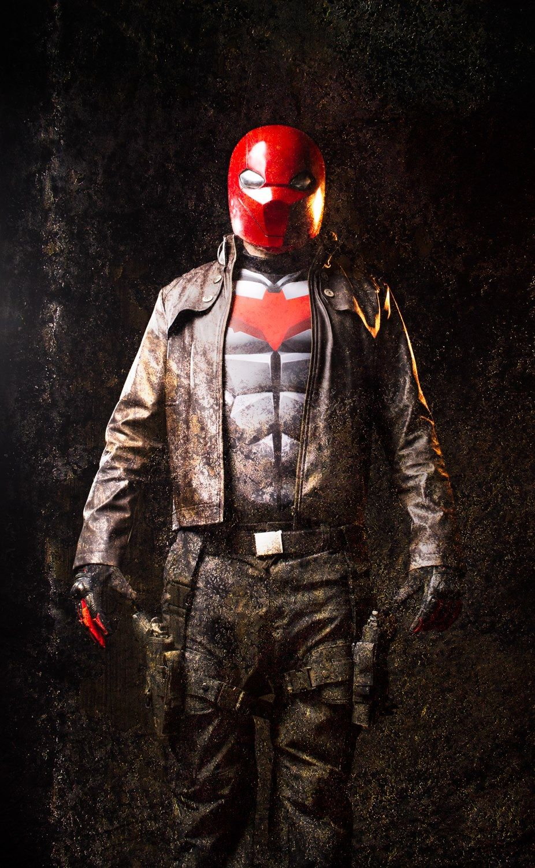 Imgur Red hood cosplay, Red hood, Batman vs superman