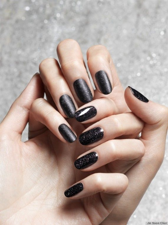 Obsidian Nail Polish Is The New Black (PHOTOS) | Black nails, Beauty ...