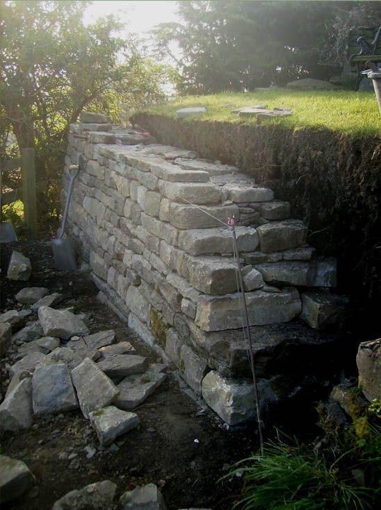 Trockenmauer Zum Abst 252 Tzen Schon Aufw 228 Ndig Aber Sehr