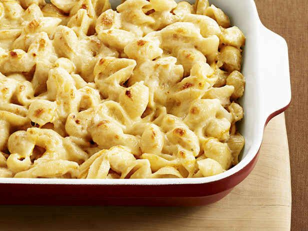 Three-Cheese Macaroni and Cheese | 29 Healthy Versions Of Your Favorite Comfort Foods