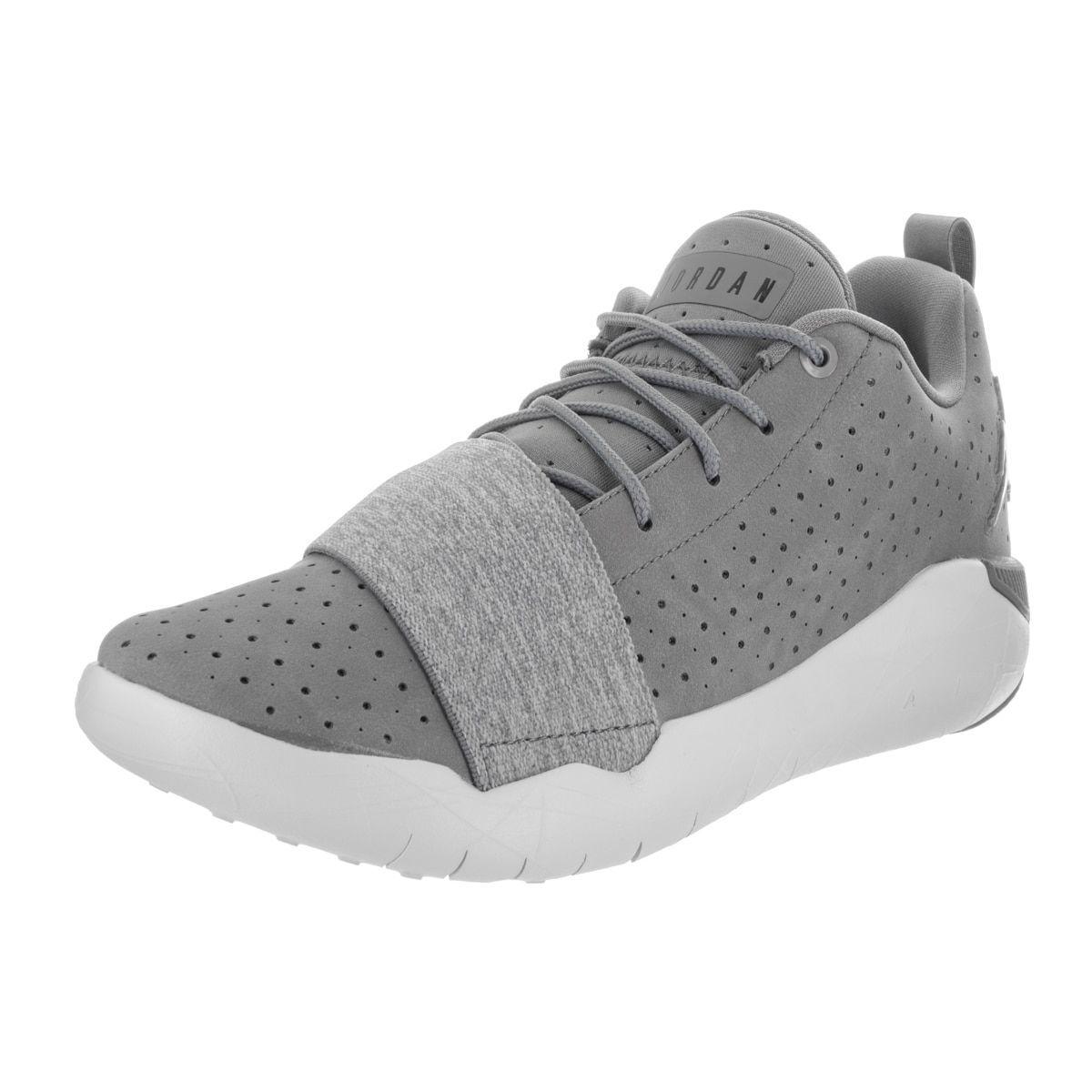 2dc44b0dde3ab0 Nike Jordan Men s Jordan 23 Breakout Basketball Shoe