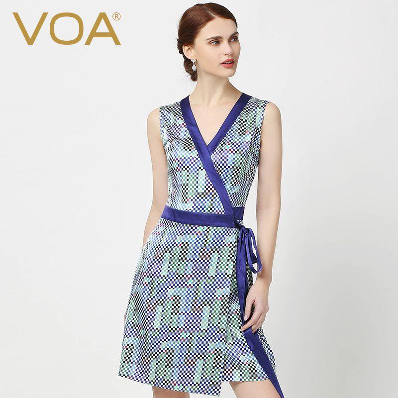 Modelos de vestidos con cuello en v