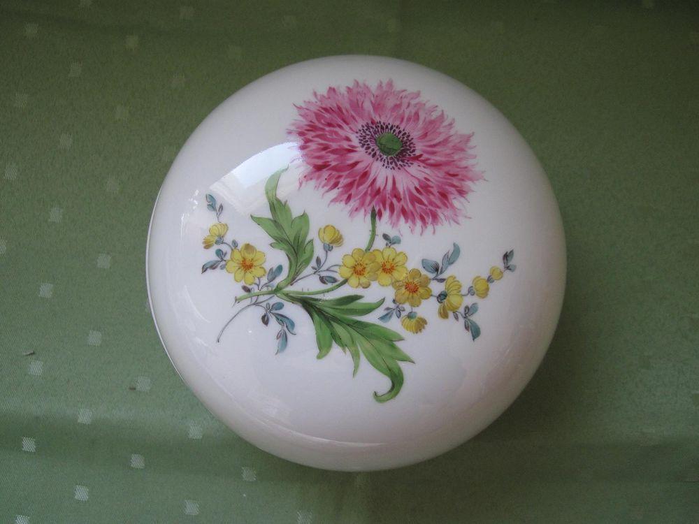 Wunderschöne Meissen Schmuck-Dose mit vielen Blumen