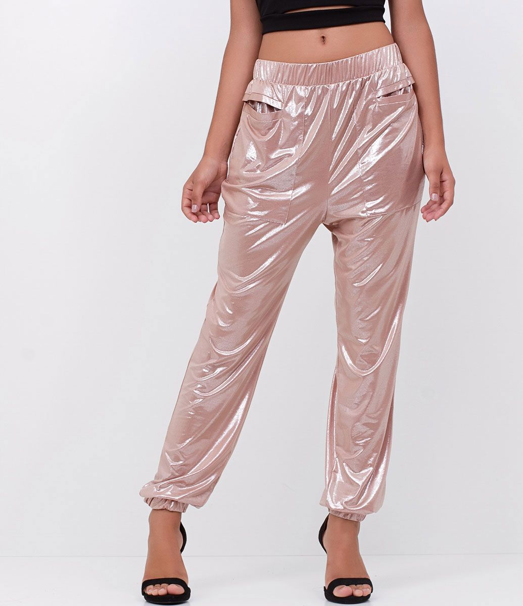 5e67eaa746 Calça feminina Metalizada Com bolsos grandes Elástico na barra Marca  Just  Be Tecido  Cetim