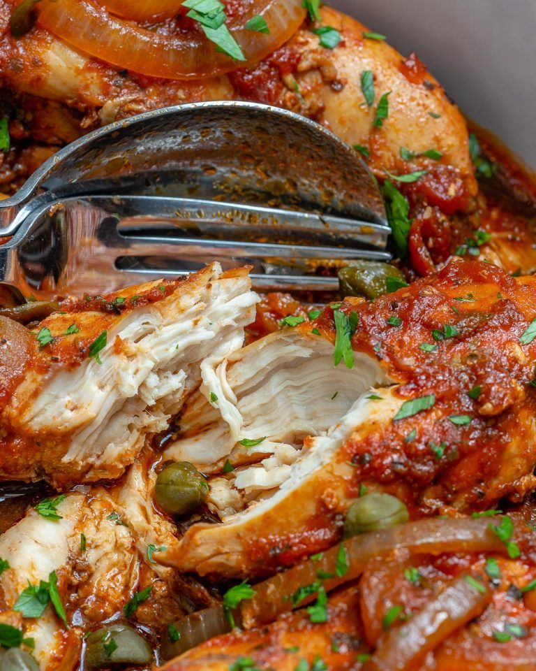 Crockpot Chicken in Tomato Caper Sauce #crockpotmealprep