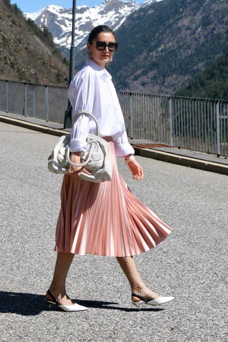 a58acef60 Una poción para combinar la falda plisada rosa | My daily looks ...