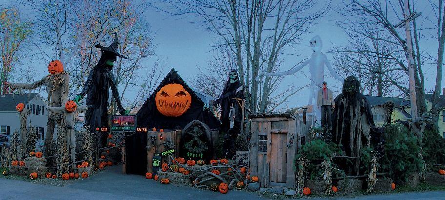 hauntedoverload Halloween yard decor Pinterest