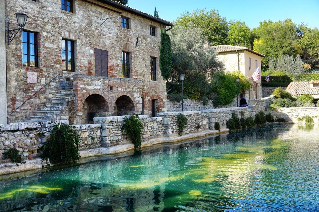 Le Terme Di Bagno Vignoni Benessere In Val D Orcia Bagno