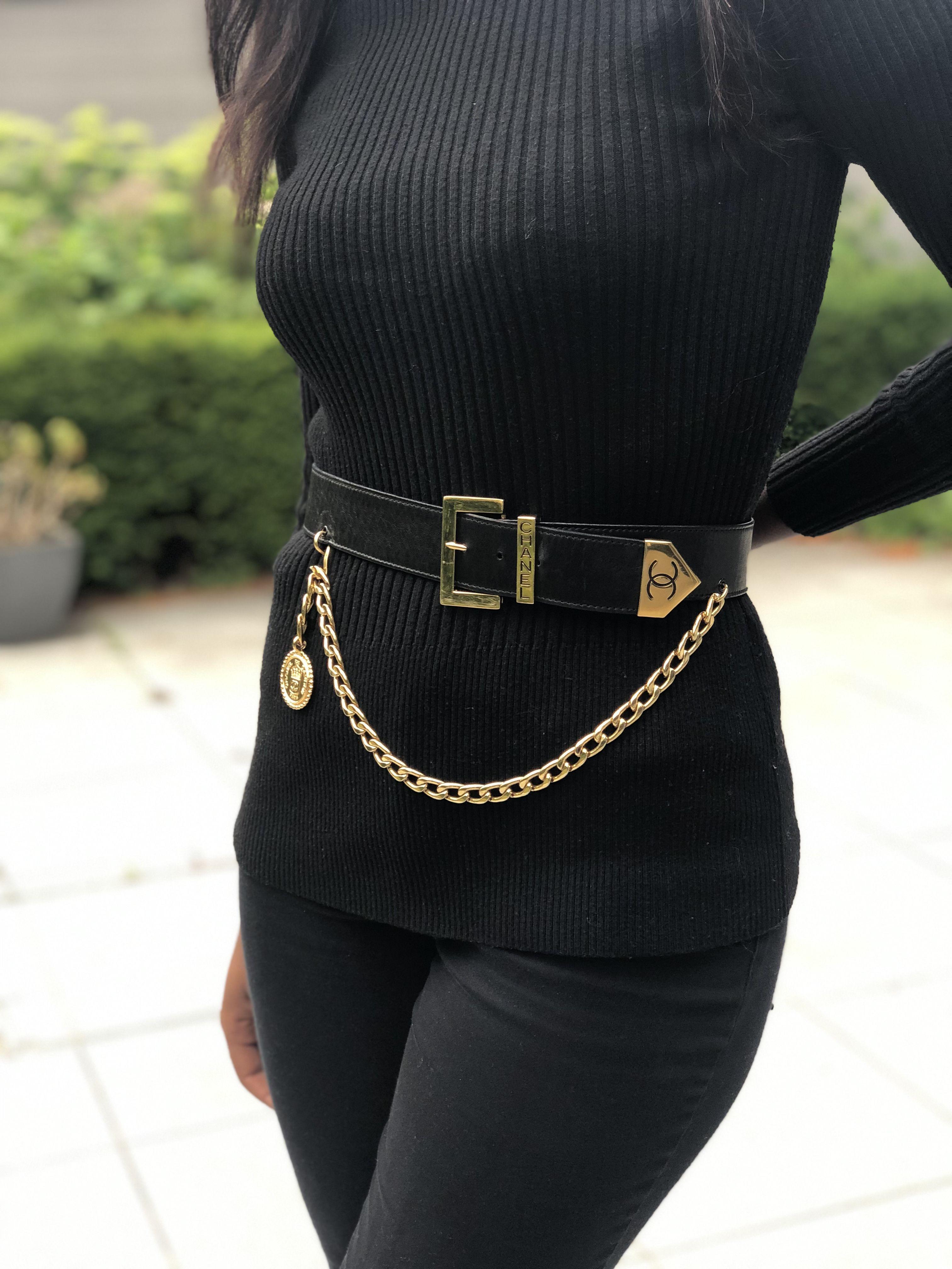 Chanel Vintage Leather Belt, 75 Vintage chanel, Vintage
