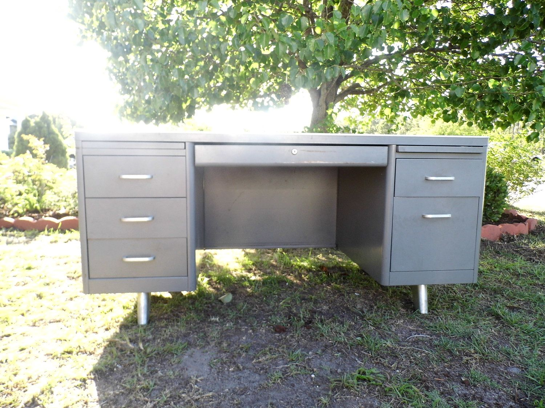 Vintage Tanker Desk Mid Century Office Furniture Metal 425 00
