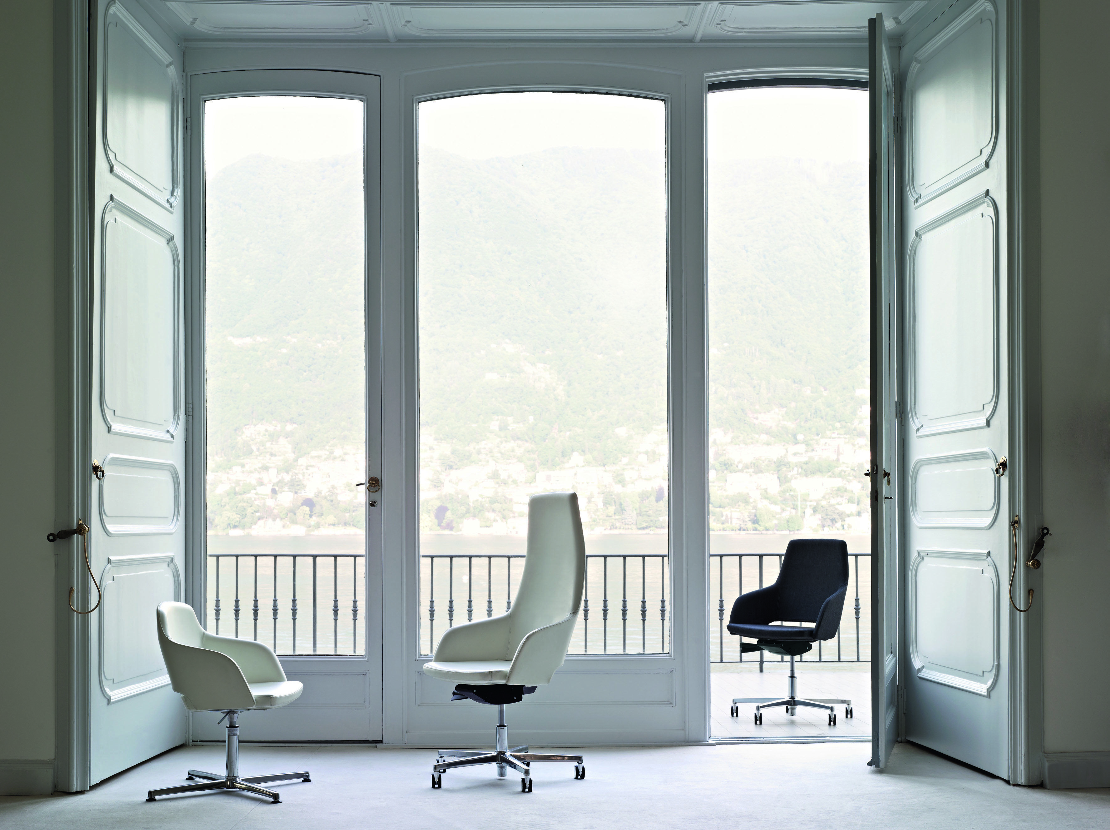 Executive Office View captain swivel chair range   leather office chairs   pinterest