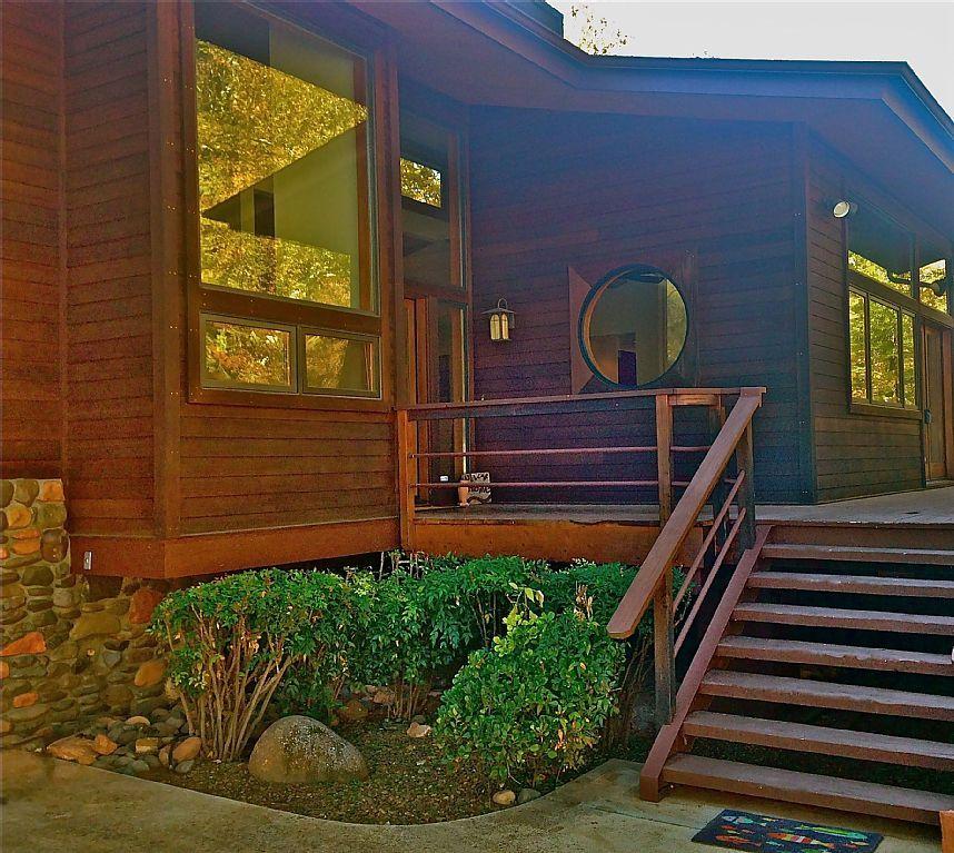 Private Oak Creek Oasis In West Sedona On 2 Acres 3000 Sf House With Creek West Sedona Sedona Oak Creek Acre