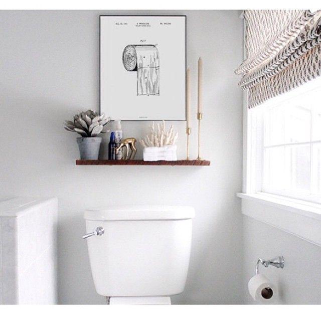 Har i set dette billede fra #bomedo. Må eje denne til mit wc. For der er nemlig en rigtig og en forkert vej at vende wcrullen #aldrigmereforkertvej #selvbørnenekanfindeudafdet #tingatgåopi god dag derude☀️ @bomedo_com #wc #billede #illustration
