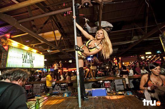 full-throughtell-saloon-girls-naked