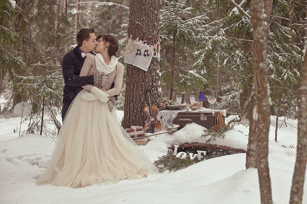 производится зимняя свадьба в лесу фото что любят