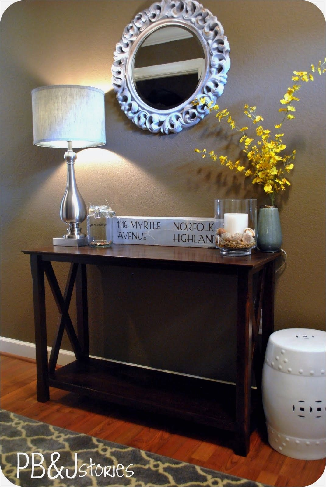 Entry Table And Bench
