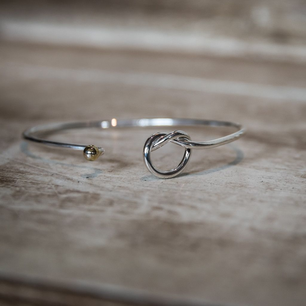 Cape Cod Love Knot Bracelet