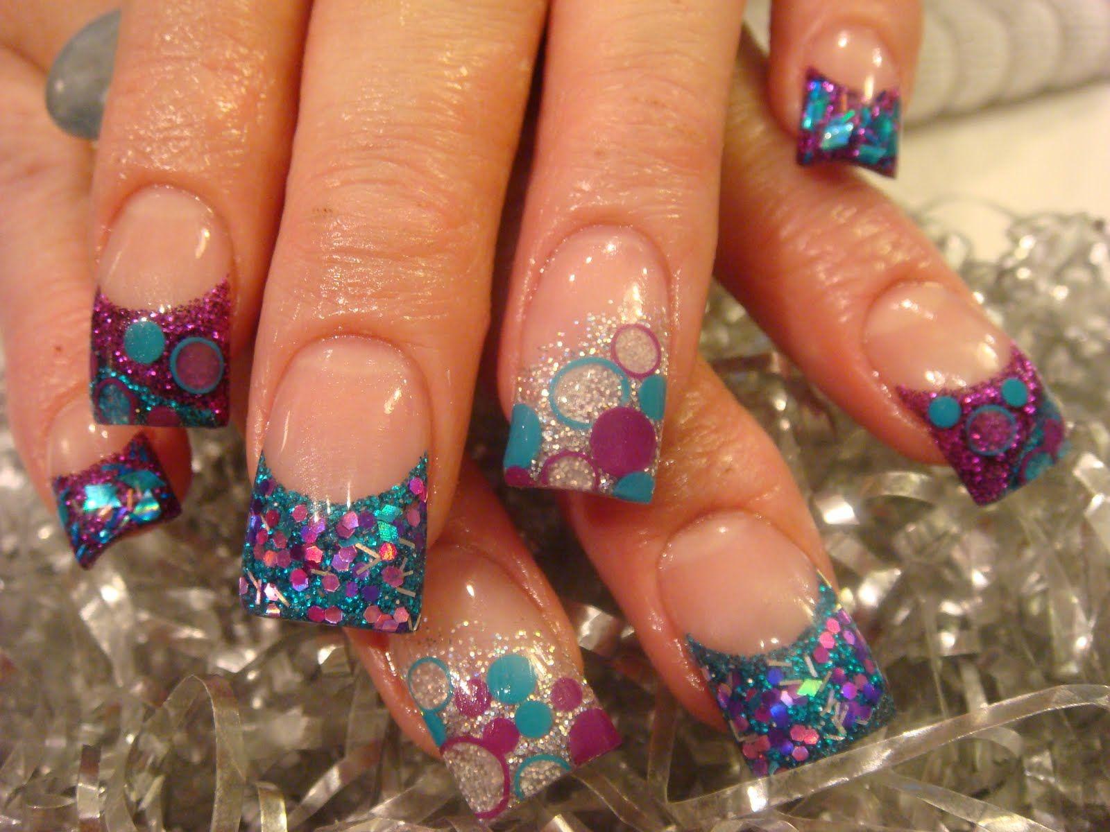 21 Stunning Pretty Glitter Nail Art Designs 2019 #