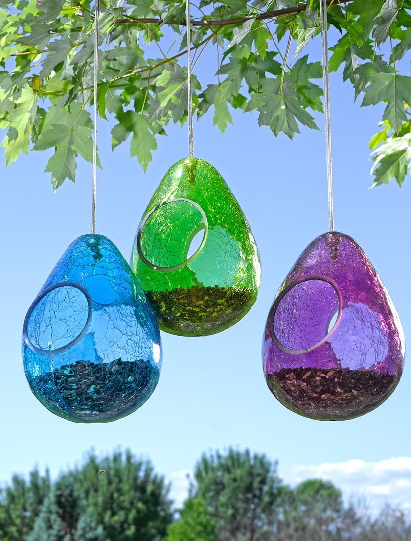 Moon Drop Bird Feeder in Crackle Glass | Gardeners.com | Titkos Kert ...