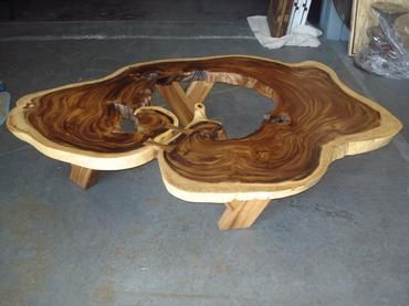 Large Organic Exceptional Acacia Wood Coffee Table Large