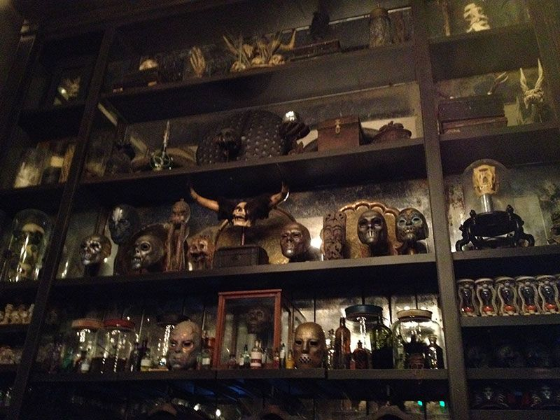 Gallery For Gt Borgin And Burkes Sign Haunted House Craft Harry Potter Universal Studios Harry Potter Places