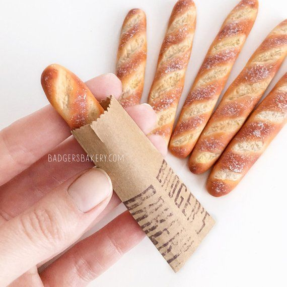 Dollhouse BAGUETTE, Miniature Food for Dolls, Mini Pastries, Bakery, Bread for BJD, Blythe, 1/12, 1/6 Scale, Playscale, Inchscale