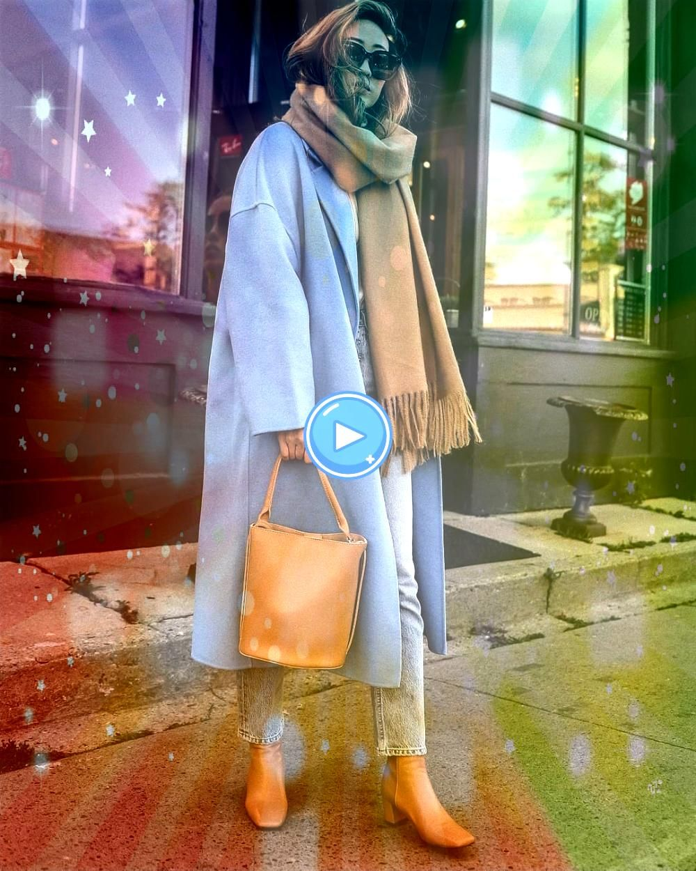 a NeutralLover Can Pull Off a Colorful Coat for Fall How a NeutralLover Can Pull Off a Colorful Coat for FallHow a NeutralLover Can Pull Off a Colorful Coat for Fall How...