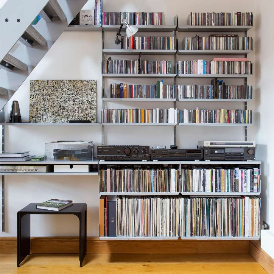 The 621 Side Table Is There When Needed Vinyl Storage In